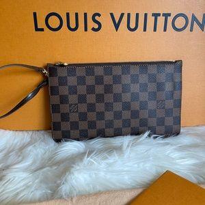Authentic Louis Vuitton Clutch / Wristlet